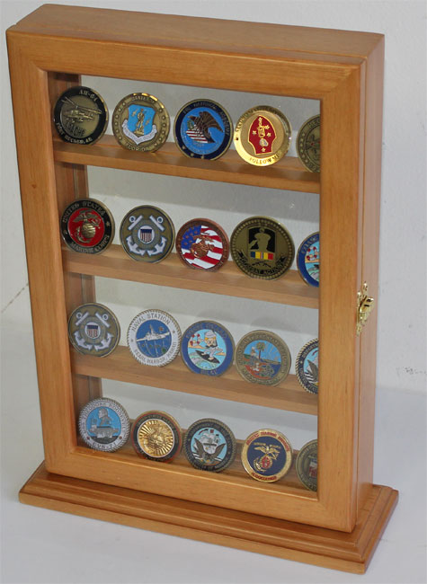 Poker chip casino coin bullion challenge coin holder stand display